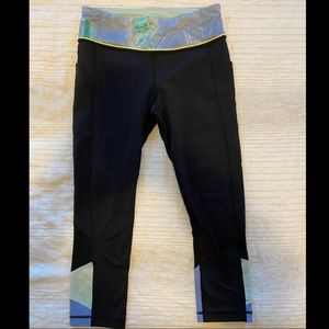 Lululemon leggings (cropped)